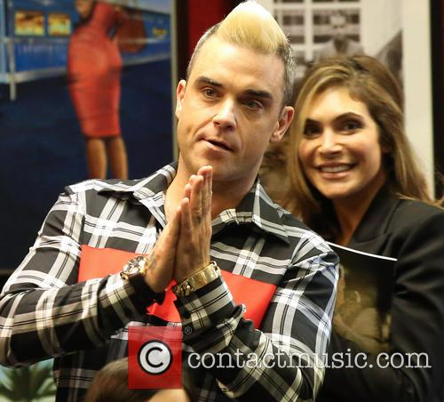Robbie Williams and Ayda Field 11