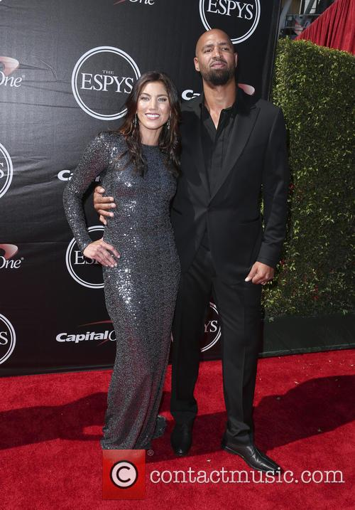 Hope Solo and Jerramy Stevens 3