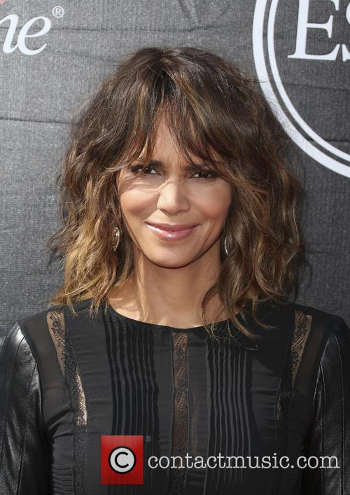 Halle Berry Describes Oscars Diversity Row As