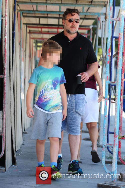 Russell Crowe and Tennyson Spencer Crowe 5