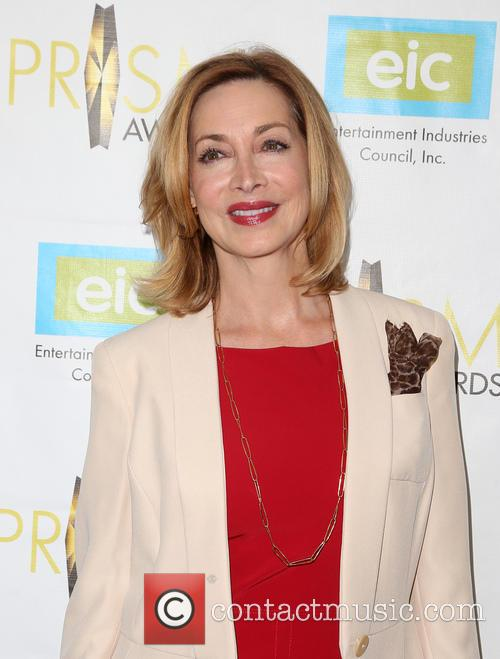 Sharon Lawrence 7