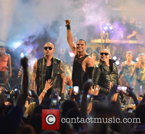 Wisin, Mohombi and Pitbull 1