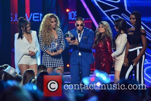 Dinah, Lauren Jauregui, Ally Brooke, Camila Cabello, Maluma (c) and Fifth Harmony 3
