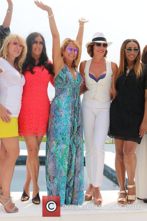 Ramona Singer, Patti Stanger, Jill Zarin, Luann De Lesseps and Cynthia Bailey 2