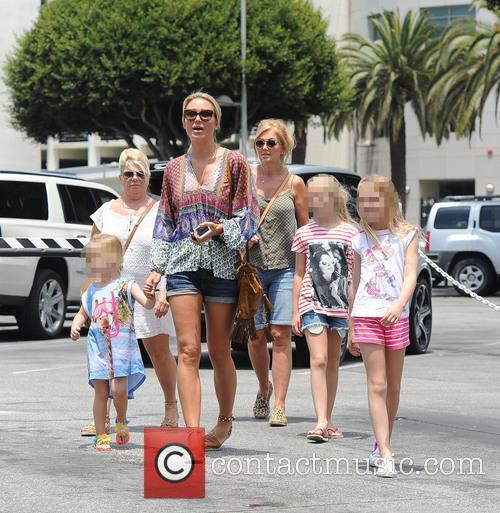 Alex Gerrard_family, Alex Gerrard, Lourdes Gerrard, Lilly-ella Gerrard, Lexie Gerrard, Julie Gerrard and Kim Curran 3