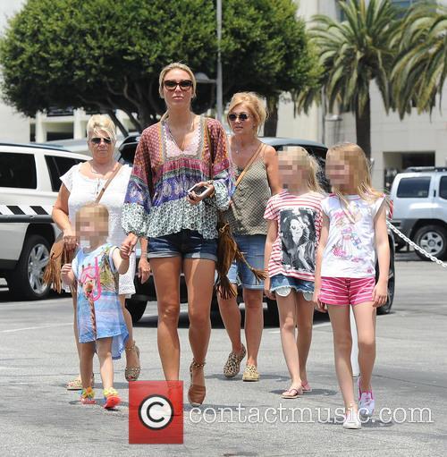 Alex Gerrard_family, Alex Gerrard, Lourdes Gerrard, Lilly-ella Gerrard, Lexie Gerrard, Julie Gerrard and Kim Curran 4