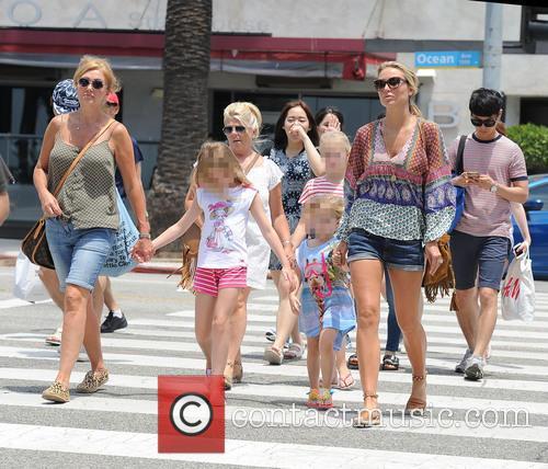 Alex Gerrard_family, Alex Gerrard, Lourdes Gerrard, Lilly-ella Gerrard, Lexie Gerrard, Julie Gerrard and Kim Curran 9