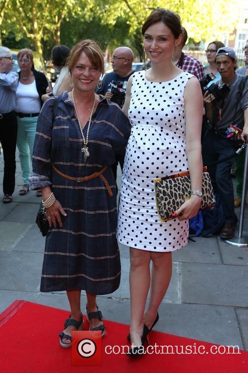 Janet Ellis and Sophie Ellis-bextor 4