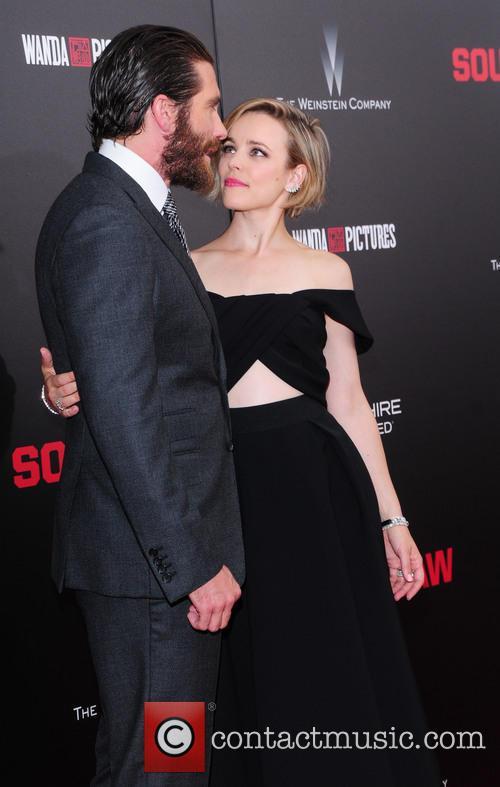Jake Gyllenhaal and Rachel Mcadams 5
