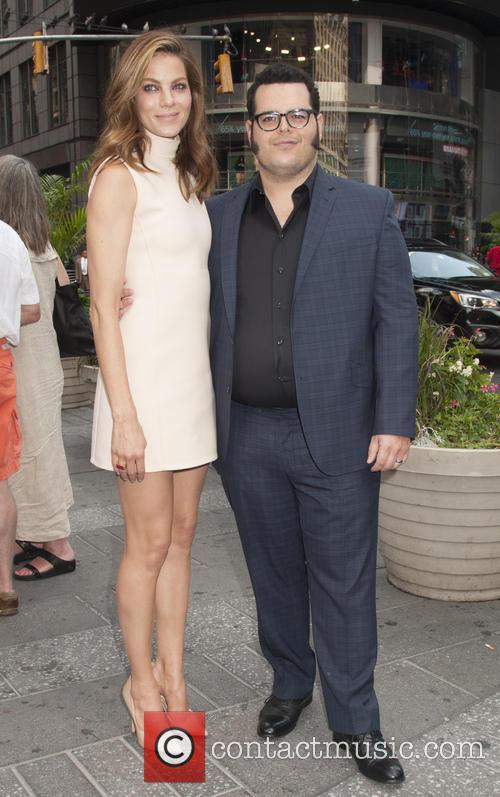 Michelle Monaghan and Josh Gad 3