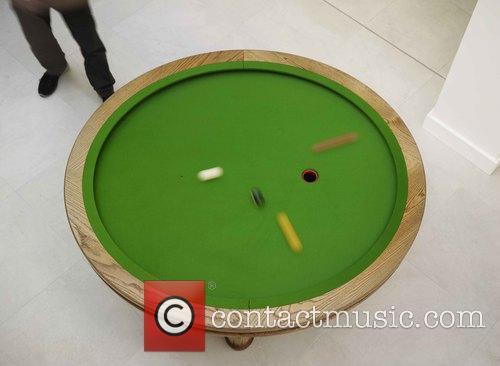 Elliptical and Loop' Pool Table 3
