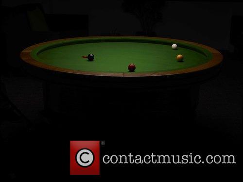 Elliptical and Loop' Pool Table 5