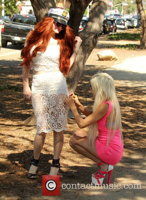 Frenchy Morgan and Phoebe Price 5