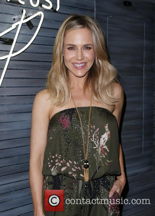 Julie Benz 6