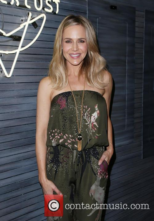 Julie Benz 7
