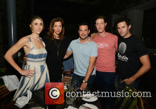 Sarah Megan Thomas, Alysia Reiner, David Alan Basche, Samuel Roukin and Roe Hartrampf 2