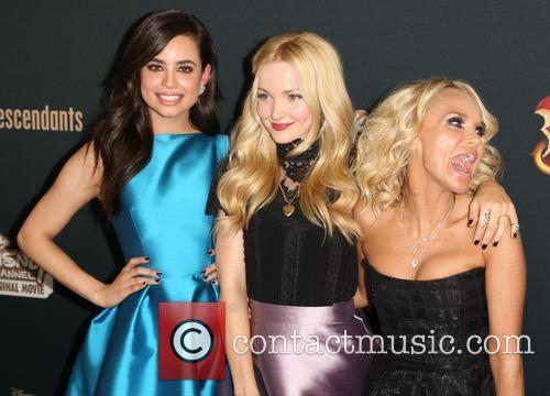 Sofia Carson, Dove Cameron and Kristin Chenoweth 1