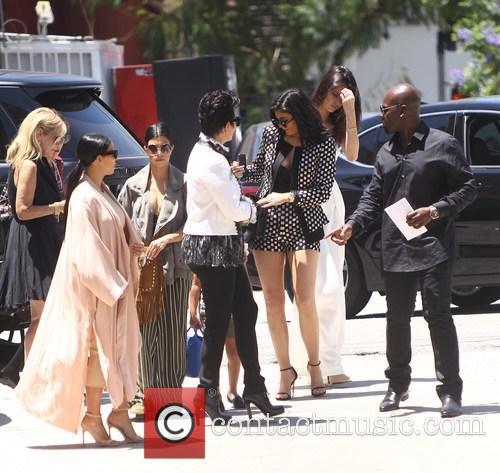 Kim Kardashian, Khloe Kardashian, Kris Jenner, Kendal Jenner and Kylie Jenner 3