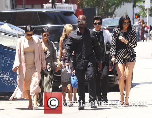 Kim Kardashian, Khloe Kardashian, Kris Jenner, Kendal Jenner and Kylie Jenner 4