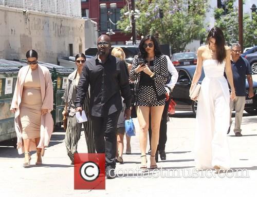 Kim Kardashian, Khloe Kardashian, Kris Jenner, Kendal Jenner and Kylie Jenner 1