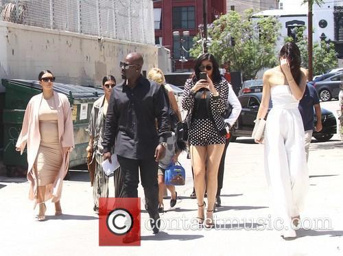 Kim Kardashian, Khloe Kardashian, Kris Jenner, Kendal Jenner and Kylie Jenner 9