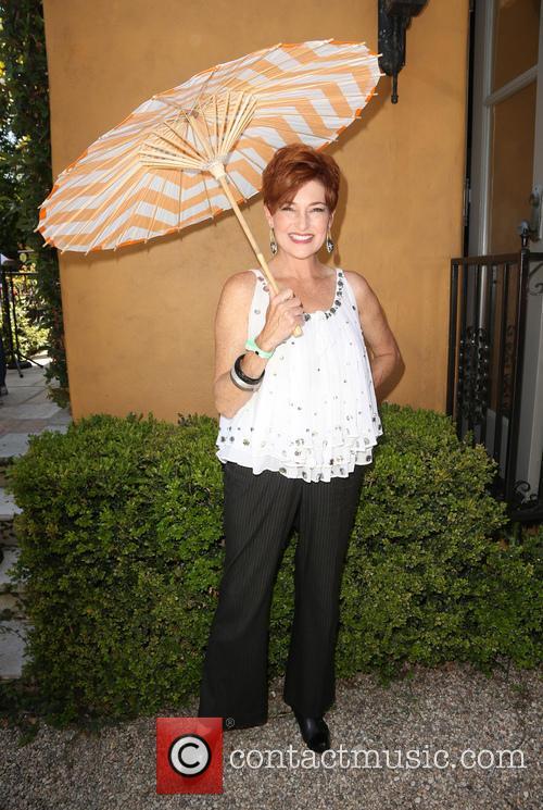 Carolyn Hennesy 5