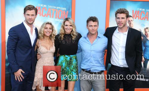 Chris Hemsworth, Elsa Pataky, Samantha Hemsworth, Luke Hemsworth and Liam Hemsworth 4