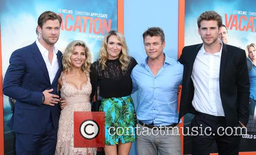Chris Hemsworth, Elsa Pataky, Samantha Hemsworth, Luke Hemsworth and Liam Hemsworth 5