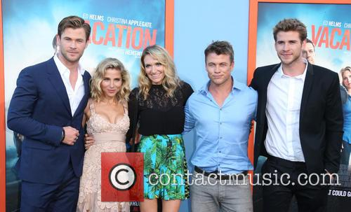 Chris Hemsworth, Elsa Pataky, Samantha Hemsworth, Luke Hemsworth and Liam Hemsworth 6