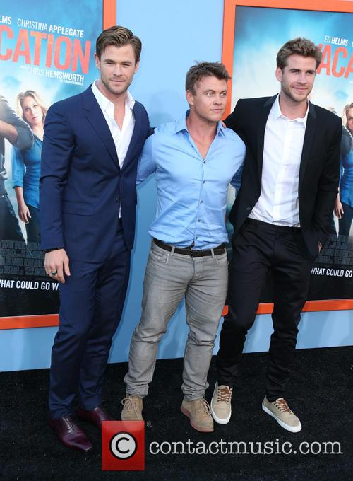Chris Hemsworth, Luke Hemsworth and Liam Hemsworth 8
