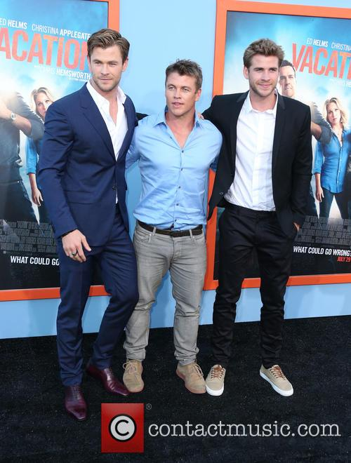 Chris Hemsworth, Luke Hemsworth and Liam Hemsworth 9