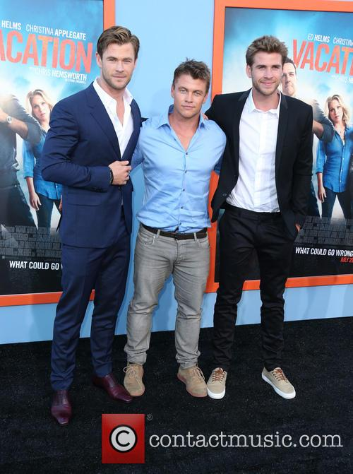 Chris Hemsworth, Luke Hemsworth and Liam Hemsworth 11