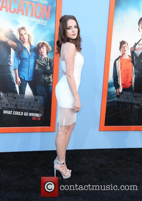 Elizabeth Gillies 6