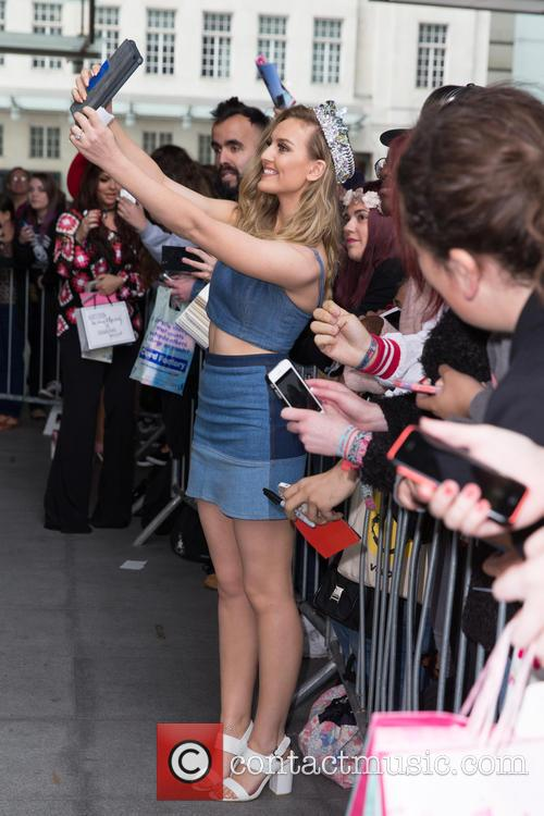 Little Mix and Perrie Edwards 4