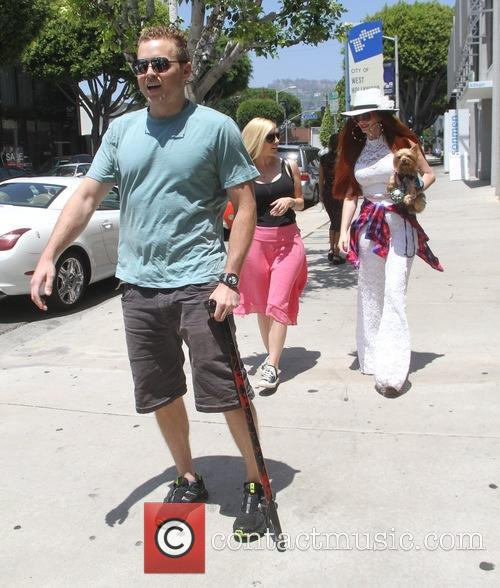 Spencer Pratt, Heidi Montag and Phoebe Price 11