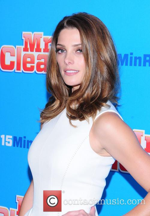 Ashley Greene 11