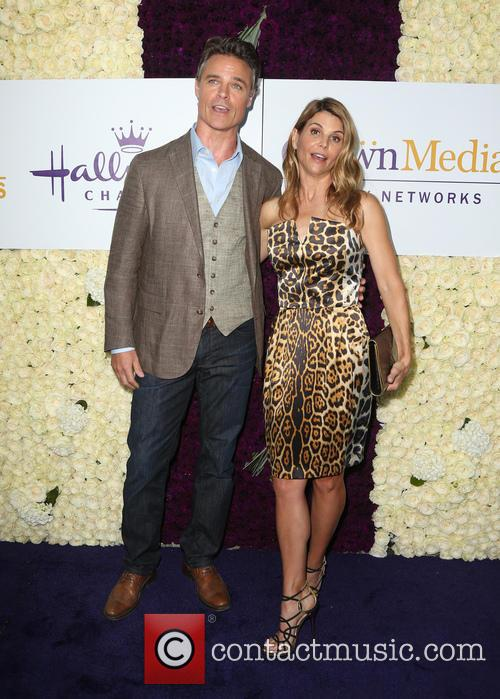 Dylan Neal and Lori Loughlin 9