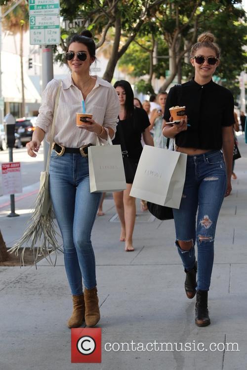 Kendall Jenner and Gigi Hadid 7
