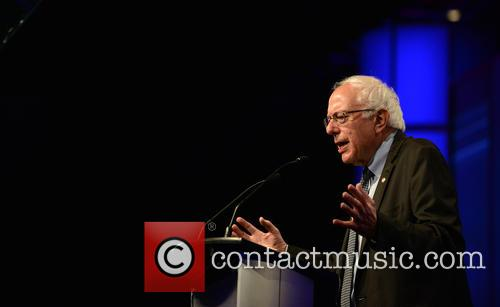 Democratic Presidential Hopeful U.s. Senator Bernard 'bernie' Sanders 2
