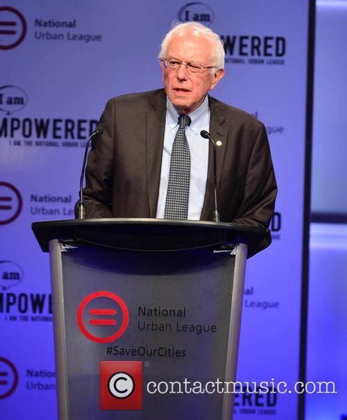 Democratic Presidential Hopeful U.s. Senator Bernard 'bernie' Sanders 8