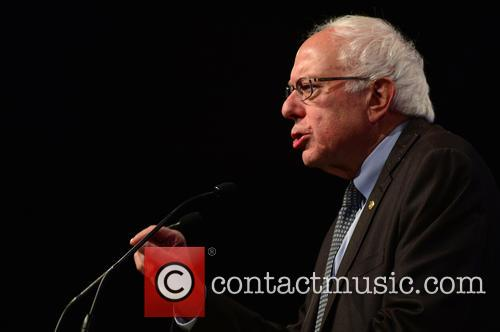 Democratic Presidential Hopeful U.s. Senator Bernard 'bernie' Sanders 9