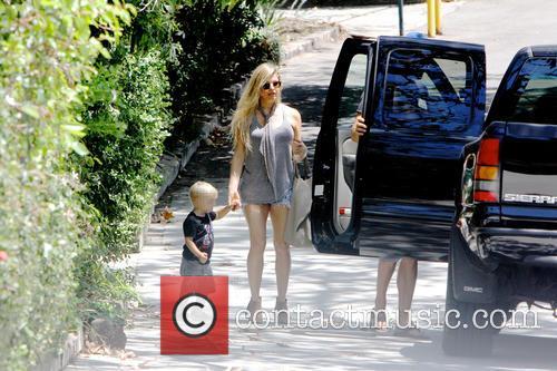 Fergie, Josh Duhamel and Axl Duhamel 5