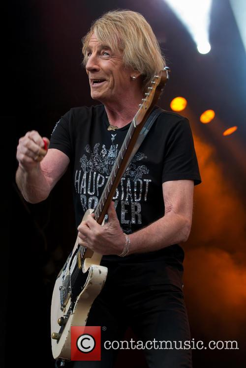 Status Quo's Rick Parfitt Ordered By Doctors To Pull Out Of Tour