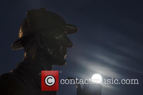 Sherlock Holmes Statue At Baker Street 4