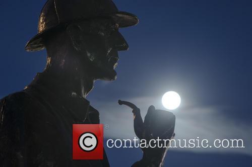 Sherlock Holmes Statue At Baker Street 1
