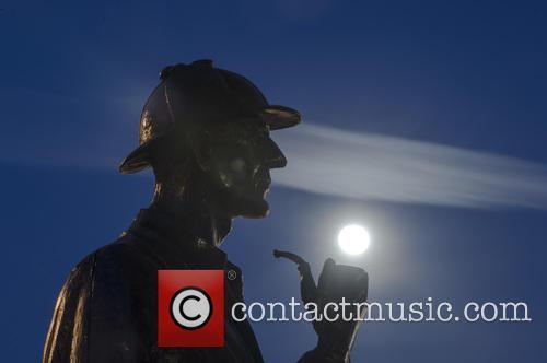 Sherlock Holmes Statue At Baker Street 7