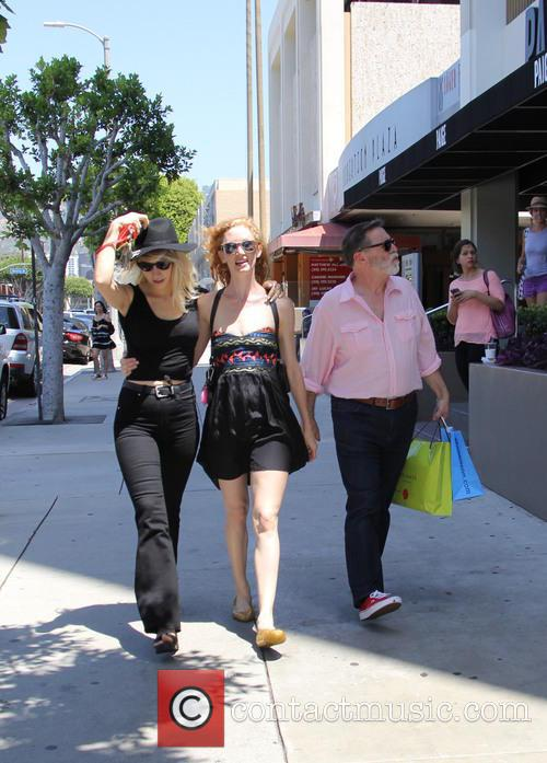 Jill Evyn and her girlfriend spotted out shopping...