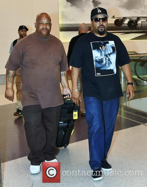 Ice Cube at Los Angeles International Airport