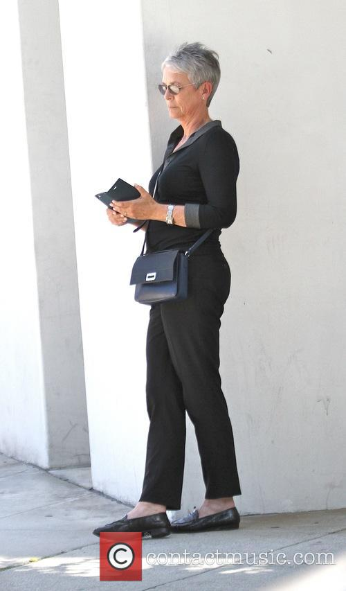 Jamie Lee Curtis goes shopping in Beverly Hills