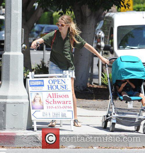 Teresa Palmer and Bodhi Webber 3